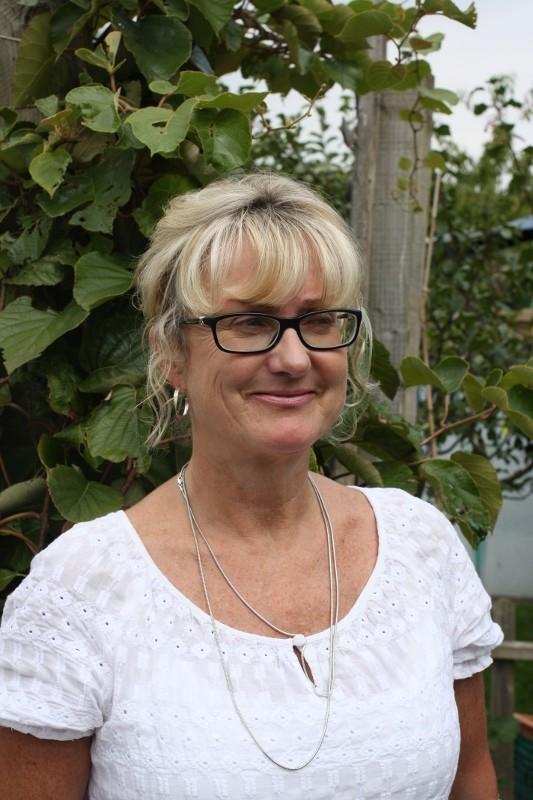 Jacqui MacFarlane : School Business Manager