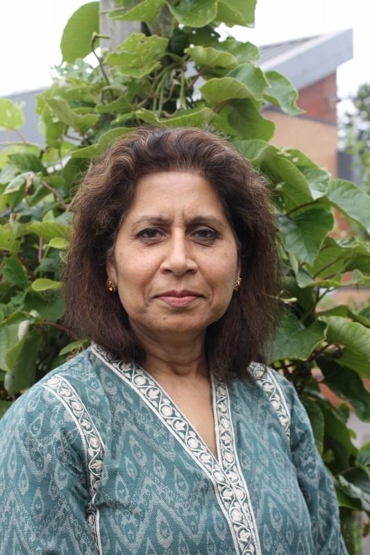 Sarwat Manzur : Teacher
